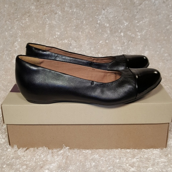 1bca514f0f Clarks Shoes | Artisan Alitay Susan Black Leather Flats | Poshmark